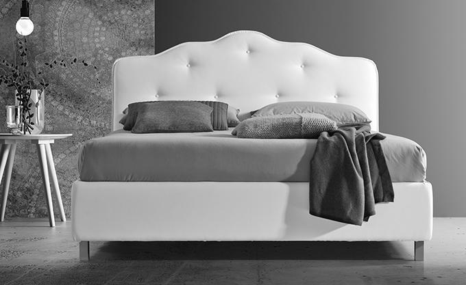 letto-imbottito-modello-stilfar-barbara-bottoni